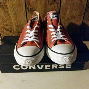 BNWT Converse Chuck Taylor All Star Seasonal Ox Li